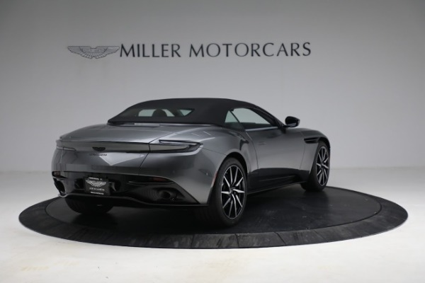 New 2021 Aston Martin DB11 Volante for sale $260,286 at Bentley Greenwich in Greenwich CT 06830 26