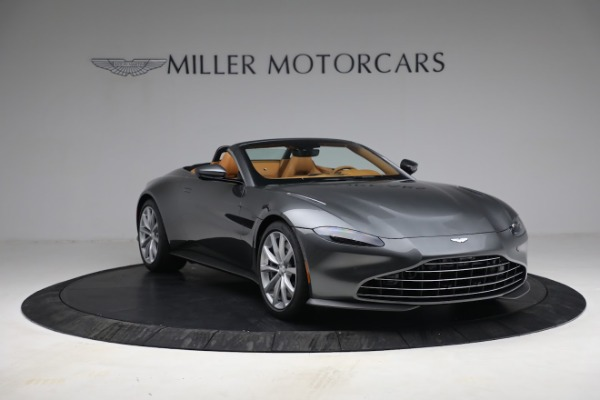 New 2021 Aston Martin Vantage Roadster for sale $174,586 at Bentley Greenwich in Greenwich CT 06830 10