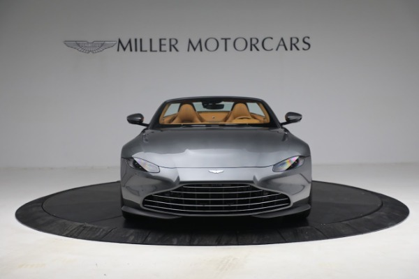 New 2021 Aston Martin Vantage Roadster for sale $174,586 at Bentley Greenwich in Greenwich CT 06830 11
