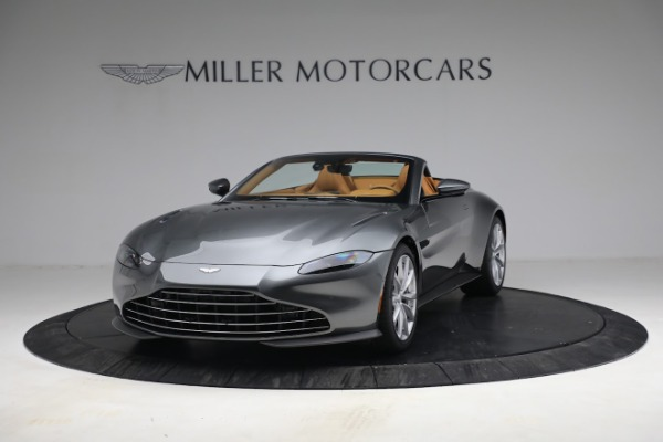 New 2021 Aston Martin Vantage Roadster for sale $174,586 at Bentley Greenwich in Greenwich CT 06830 12