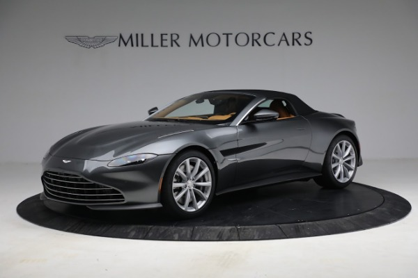 New 2021 Aston Martin Vantage Roadster for sale $174,586 at Bentley Greenwich in Greenwich CT 06830 18