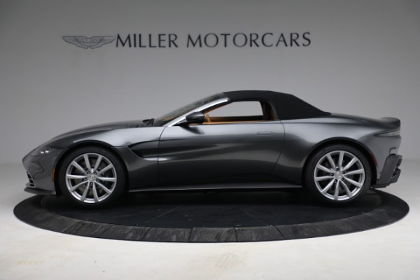 New 2021 Aston Martin Vantage Roadster for sale $174,586 at Bentley Greenwich in Greenwich CT 06830 19
