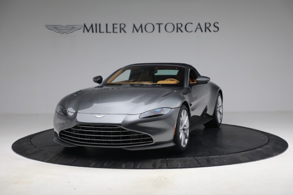 New 2021 Aston Martin Vantage Roadster for sale $174,586 at Bentley Greenwich in Greenwich CT 06830 23