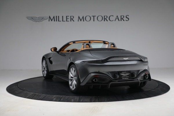 New 2021 Aston Martin Vantage Roadster for sale $174,586 at Bentley Greenwich in Greenwich CT 06830 4