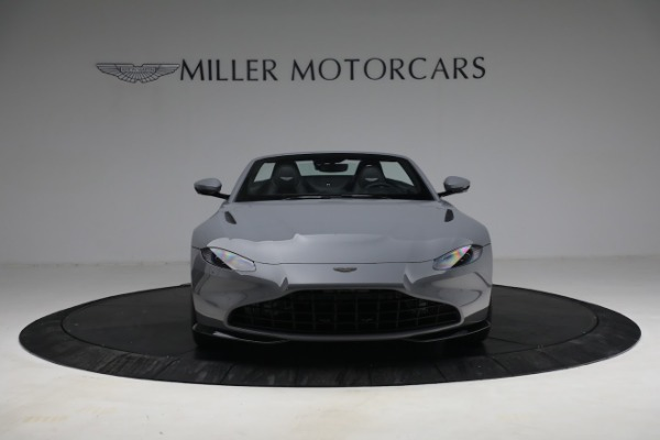 New 2021 Aston Martin Vantage Roadster for sale $180,286 at Bentley Greenwich in Greenwich CT 06830 11