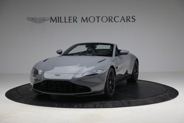 New 2021 Aston Martin Vantage Roadster for sale $180,286 at Bentley Greenwich in Greenwich CT 06830 12