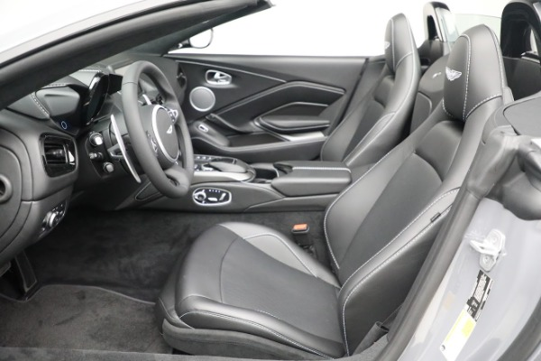 New 2021 Aston Martin Vantage Roadster for sale $180,286 at Bentley Greenwich in Greenwich CT 06830 14