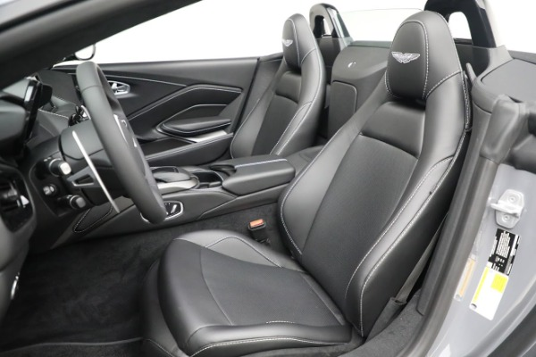New 2021 Aston Martin Vantage Roadster for sale $180,286 at Bentley Greenwich in Greenwich CT 06830 15
