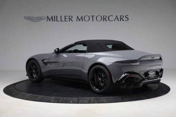 New 2021 Aston Martin Vantage Roadster for sale $180,286 at Bentley Greenwich in Greenwich CT 06830 23