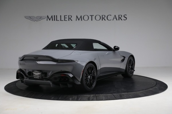 New 2021 Aston Martin Vantage Roadster for sale $180,286 at Bentley Greenwich in Greenwich CT 06830 25
