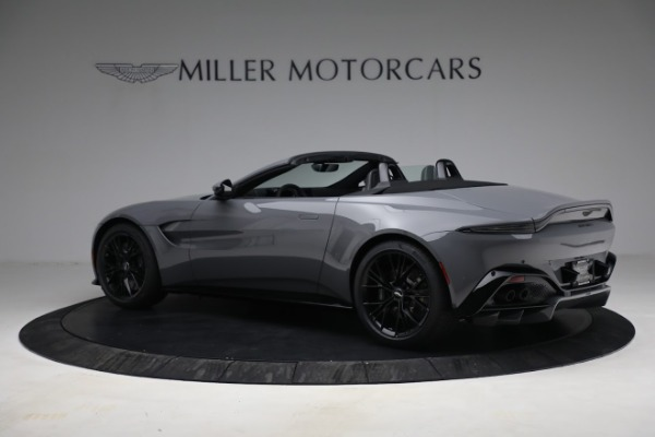 New 2021 Aston Martin Vantage Roadster for sale $180,286 at Bentley Greenwich in Greenwich CT 06830 3