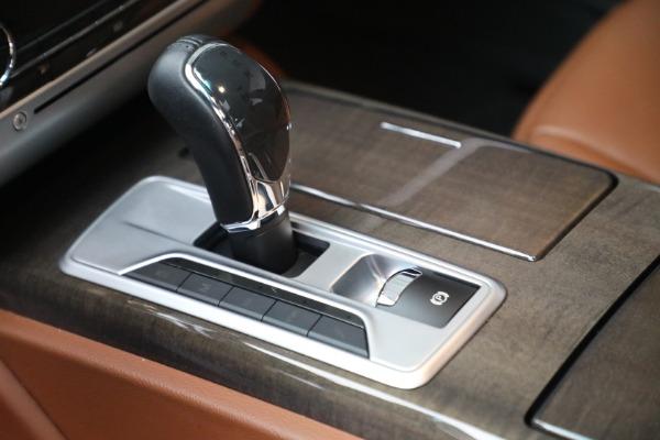 Used 2016 Maserati Quattroporte S Q4 for sale $46,900 at Bentley Greenwich in Greenwich CT 06830 18
