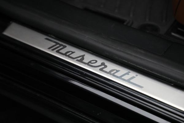 Used 2016 Maserati Quattroporte S Q4 for sale $46,900 at Bentley Greenwich in Greenwich CT 06830 19