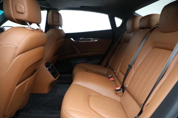Used 2016 Maserati Quattroporte S Q4 for sale $46,900 at Bentley Greenwich in Greenwich CT 06830 23