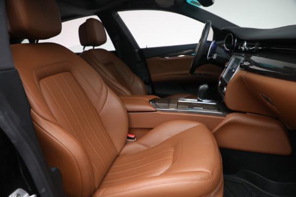 Used 2016 Maserati Quattroporte S Q4 for sale $46,900 at Bentley Greenwich in Greenwich CT 06830 27