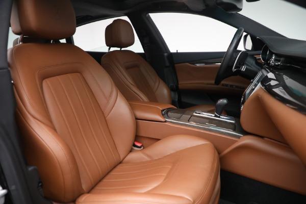 Used 2016 Maserati Quattroporte S Q4 for sale $46,900 at Bentley Greenwich in Greenwich CT 06830 28