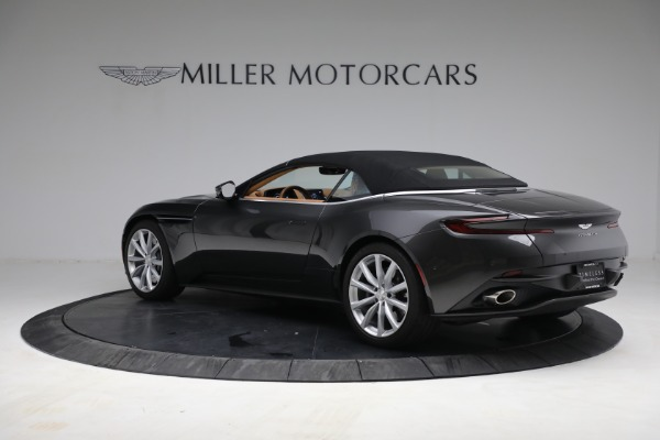 Used 2019 Aston Martin DB11 Volante for sale $212,990 at Bentley Greenwich in Greenwich CT 06830 19