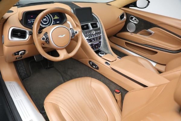 Used 2019 Aston Martin DB11 Volante for sale $212,990 at Bentley Greenwich in Greenwich CT 06830 20