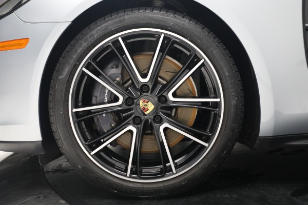 Used 2018 Porsche Panamera 4 Sport Turismo for sale $97,900 at Bentley Greenwich in Greenwich CT 06830 15