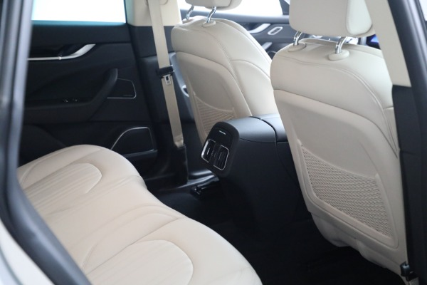 Used 2018 Maserati Levante for sale $57,900 at Bentley Greenwich in Greenwich CT 06830 19