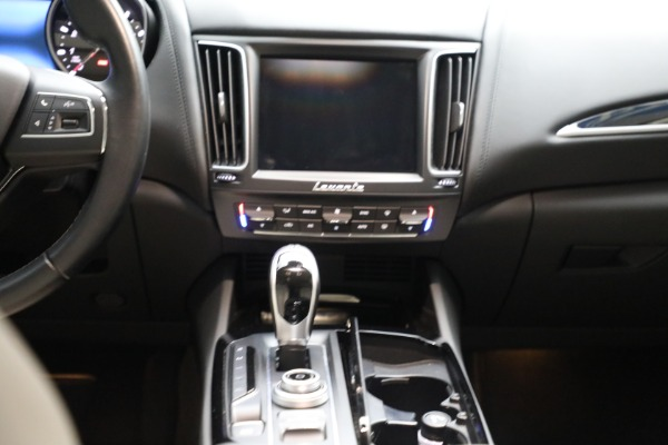 Used 2018 Maserati Levante for sale $57,900 at Bentley Greenwich in Greenwich CT 06830 21