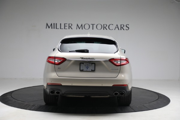 Used 2018 Maserati Levante for sale $57,900 at Bentley Greenwich in Greenwich CT 06830 7