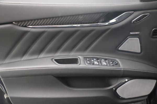 New 2022 Maserati Quattroporte Modena Q4 for sale $131,195 at Bentley Greenwich in Greenwich CT 06830 16