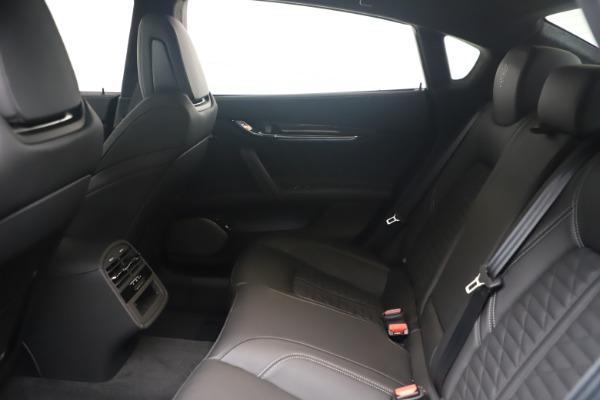 New 2022 Maserati Quattroporte Modena Q4 for sale $131,195 at Bentley Greenwich in Greenwich CT 06830 17