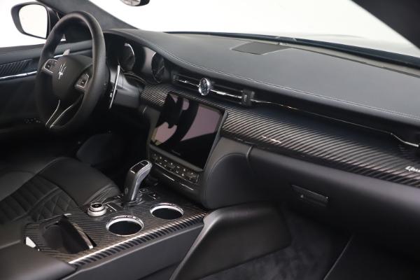 New 2022 Maserati Quattroporte Modena Q4 for sale $131,195 at Bentley Greenwich in Greenwich CT 06830 18
