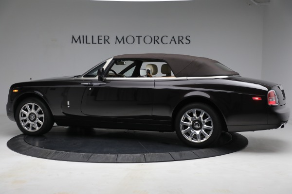 Used 2015 Rolls-Royce Phantom Drophead Coupe for sale Call for price at Bentley Greenwich in Greenwich CT 06830 17