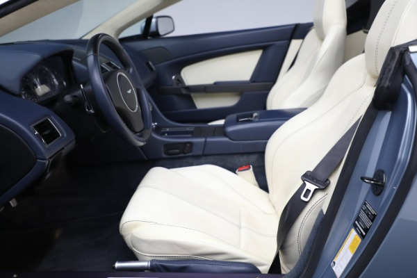 Used 2009 Aston Martin V8 Vantage Roadster for sale Call for price at Bentley Greenwich in Greenwich CT 06830 14