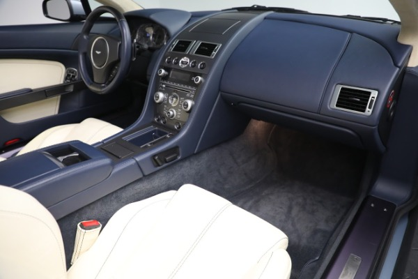 Used 2009 Aston Martin V8 Vantage Roadster for sale Call for price at Bentley Greenwich in Greenwich CT 06830 18