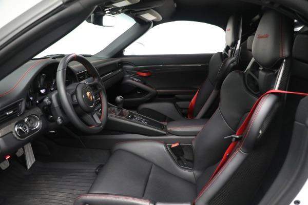 Used 2019 Porsche 911 Speedster for sale $395,900 at Bentley Greenwich in Greenwich CT 06830 20