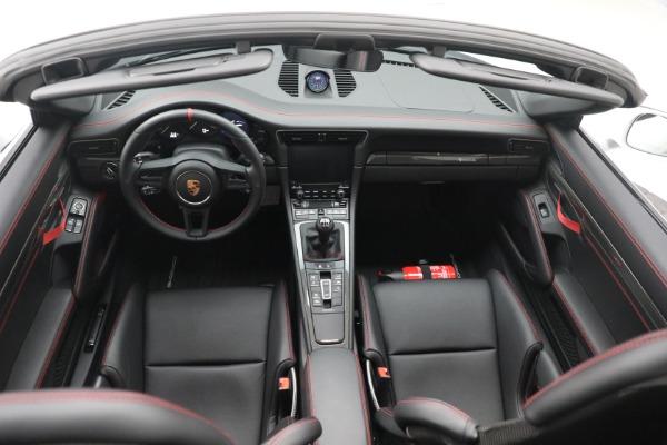Used 2019 Porsche 911 Speedster for sale $395,900 at Bentley Greenwich in Greenwich CT 06830 23