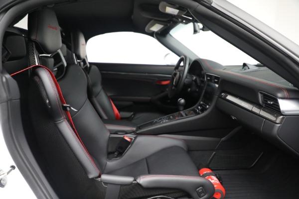 Used 2019 Porsche 911 Speedster for sale $395,900 at Bentley Greenwich in Greenwich CT 06830 27