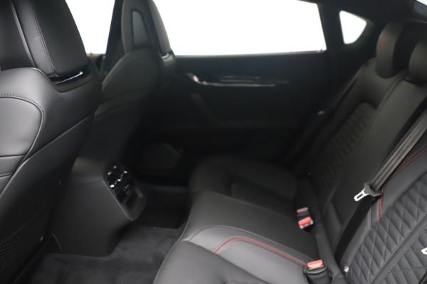 New 2022 Maserati Quattroporte Modena Q4 for sale $128,775 at Bentley Greenwich in Greenwich CT 06830 16
