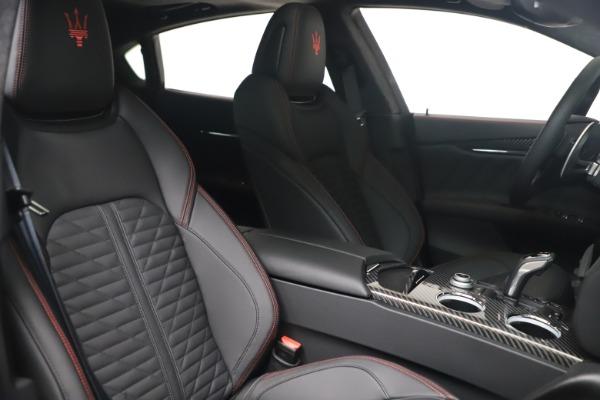 New 2022 Maserati Quattroporte Modena Q4 for sale $128,775 at Bentley Greenwich in Greenwich CT 06830 19