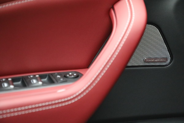New 2022 Maserati Levante Trofeo for sale $155,045 at Bentley Greenwich in Greenwich CT 06830 19