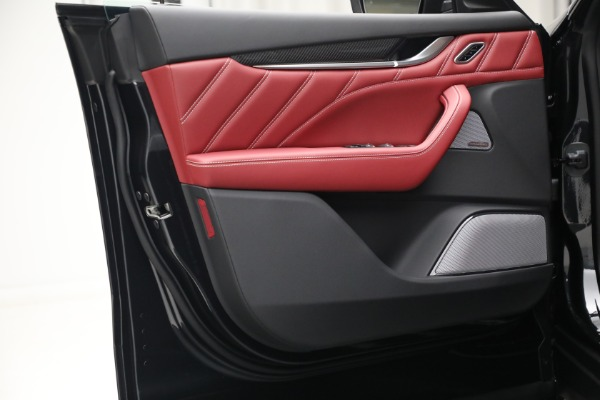 New 2022 Maserati Levante Trofeo for sale $155,045 at Bentley Greenwich in Greenwich CT 06830 21