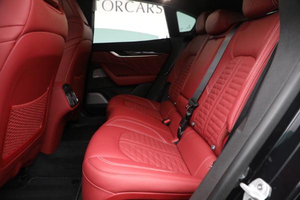 New 2022 Maserati Levante Trofeo for sale $155,045 at Bentley Greenwich in Greenwich CT 06830 23