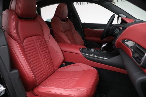 New 2022 Maserati Levante Trofeo for sale $155,045 at Bentley Greenwich in Greenwich CT 06830 28