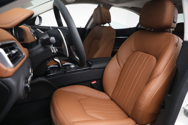 New 2022 Maserati Ghibli Modena Q4 for sale $86,645 at Bentley Greenwich in Greenwich CT 06830 15
