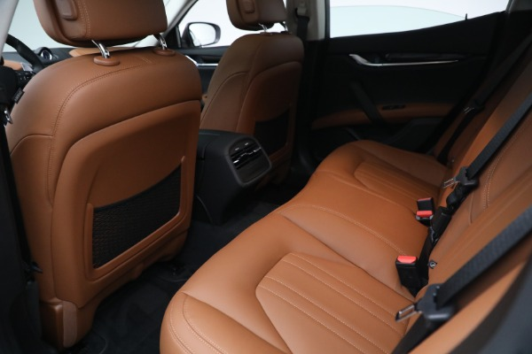 New 2022 Maserati Ghibli Modena Q4 for sale $86,645 at Bentley Greenwich in Greenwich CT 06830 21