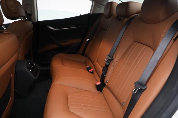New 2022 Maserati Ghibli Modena Q4 for sale $86,645 at Bentley Greenwich in Greenwich CT 06830 22