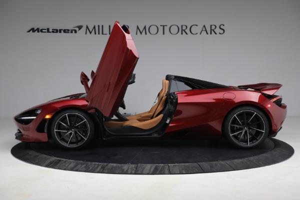 New 2022 McLaren 720S Spider for sale $382,090 at Bentley Greenwich in Greenwich CT 06830 15