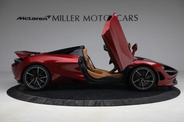 New 2022 McLaren 720S Spider for sale $382,090 at Bentley Greenwich in Greenwich CT 06830 19