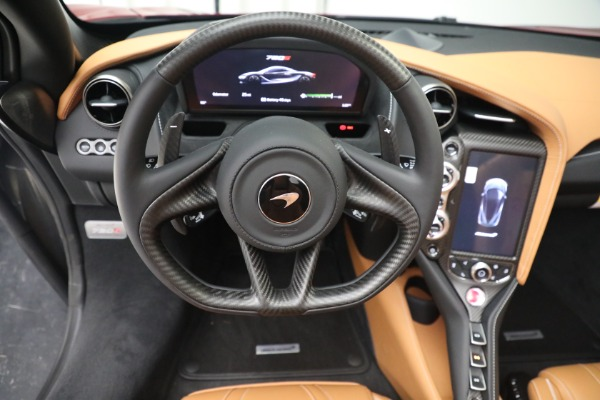 New 2022 McLaren 720S Spider for sale $382,090 at Bentley Greenwich in Greenwich CT 06830 28