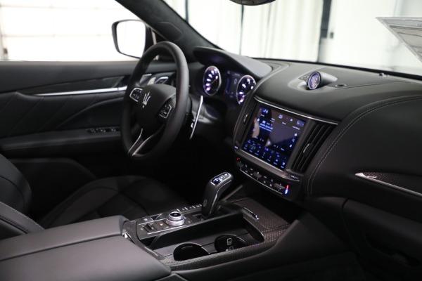 New 2022 Maserati Levante Modena for sale $108,775 at Bentley Greenwich in Greenwich CT 06830 16