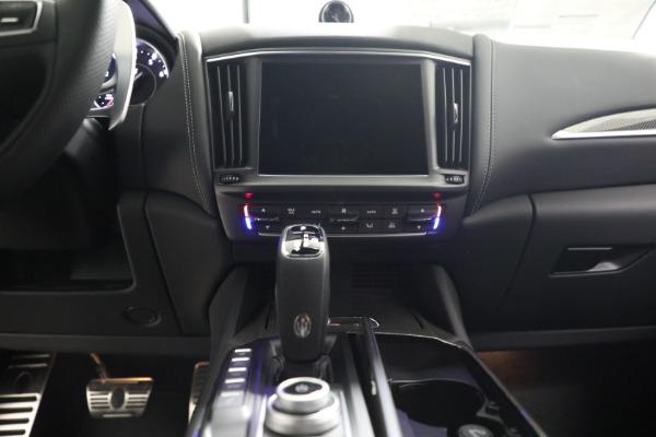 New 2022 Maserati Levante Modena for sale $108,775 at Bentley Greenwich in Greenwich CT 06830 20