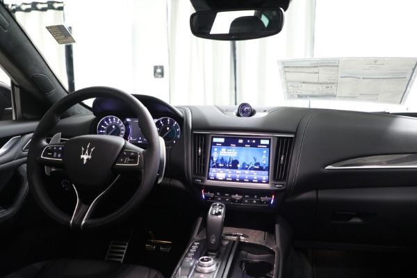 New 2022 Maserati Levante Modena for sale $108,775 at Bentley Greenwich in Greenwich CT 06830 21